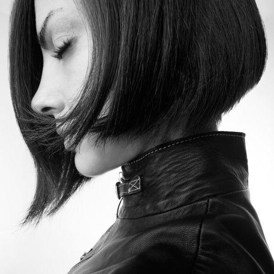 Más de 100 peinados de mujer para Primavera-Verano 2016: Estilo bob, con las puntas desfiladas