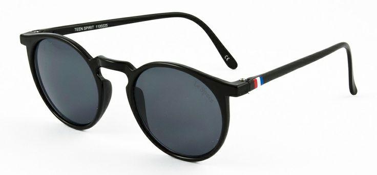 Le Specs LS Teen Spirit-black 399 SEK #lespecs http://www.loveyewear.se/solglasogon/le-specs-ls-teen-spirit-black-svart/
