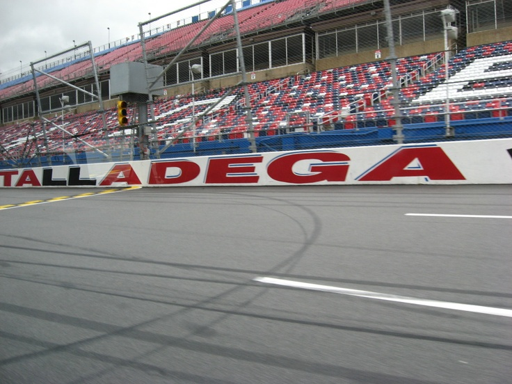 1000 Images About Nascar Race Tracks On Pinterest