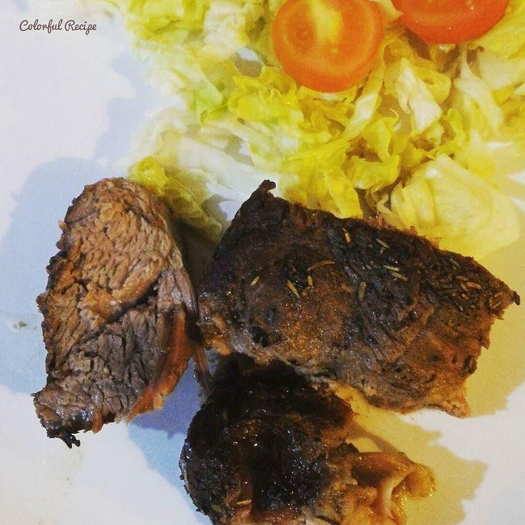#ketogenic #paleo dinner with #lamb  and a simple #salad  #glutenfree  #ketojenik #tasdevri aksam yemegi #kuzueti eve basit bir #salata #glutensiz #saglikliyasam #healthylife