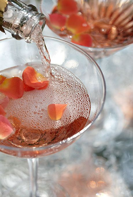 Brides.com: Unique Wedding Flower Ideas. Rose Petal Bubbly Add a little extra pizzazz to toast time by floating rose petals in the bubbly. (Yes, they're edible!) Fresh roses come in a rainbow of shades, so you can match the garnish to your cocktail's hue; we paired peach petals with rosé sparkling wine.Glass, Mikasa. Exclusiv Rose Moscato, Wine Anthology.