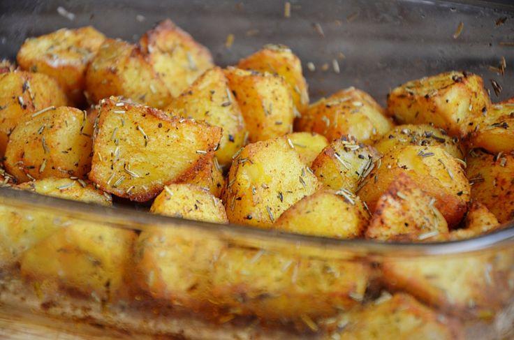 Pieczone ziemniaki z ziołami | Smakowisko