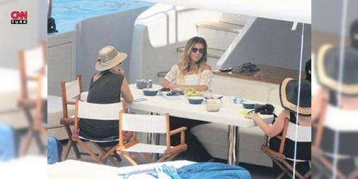 Zeynep Ilıcalı!nın lüks tekne tatili!: Acun Ilıcalı'nın eski eşi Zeynep Ilıcalı Bodrum'da adlı lüks bir teknede görüntülendi. Teknenin ismi ise dikkatleri çekti.