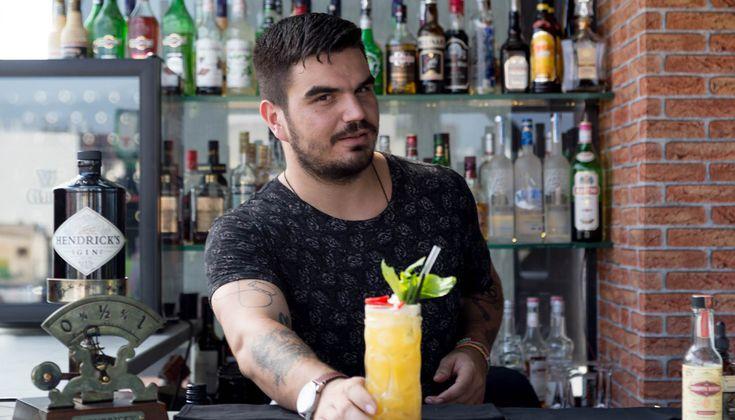 Αυτή την εβδομάδα η στήλη καταπιάνεται με την επικαιρότητα των μπαρ της πόλης, καθώς το FNL μπαίνει ολοταχώς για δεύτερη χρονιά στην τροχιά των FNL Best Bar Awards by Cardhu.