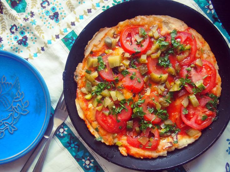 Vege Szamanka: Ekspresowa pizza z patelni (bez drożdży)