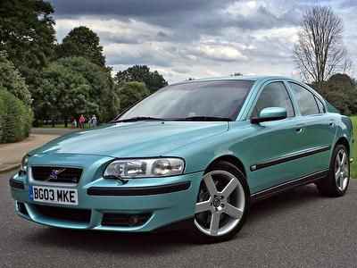 VOLVO S60 Saloon 2.5 R 4dr