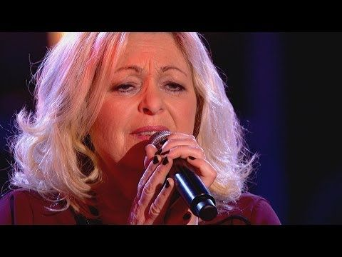 Sally Barker performs 'Walk On By' - The Voice UK 2014: The Knockouts - BBC One - YouTube