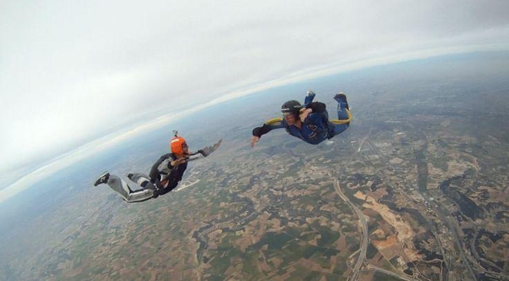Donde practicar paracaidismo en Madrid