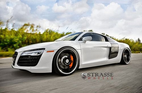 White 2014 Audi R8 on Strasse Forged Wheels