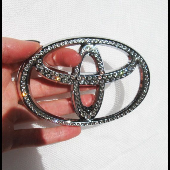 Crystal BLING TOYOTA emblem with SWAROVSKI by LaVostraDolceVita