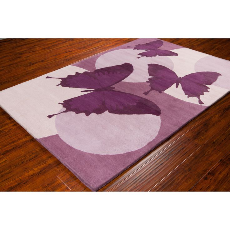 Hand Tufted In India This Rug Features A Beautiful Erfly Design Light And Dark Shades Of Purple Lavender Against