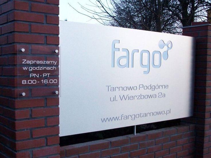 Oznakowanie siedziby firmy Fargo. #marketing #reklama #oznakowanie