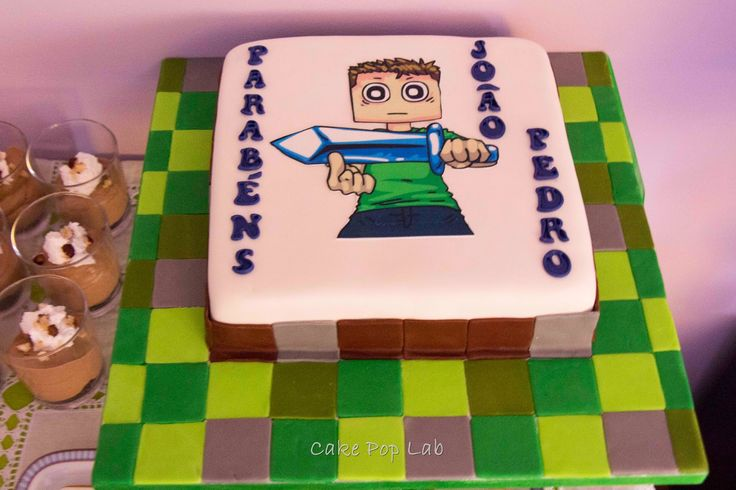 Minecraft game cake | Diamond sword - Tobuscus