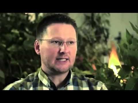 Biologika Nederland - Over moedervlek, levervlek, sproet en melanoom - YouTube