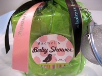 Excellent and inexpensive baby shower favors