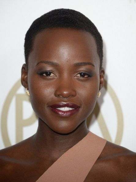 Celebs with dark lipstick | Glamour South Africa