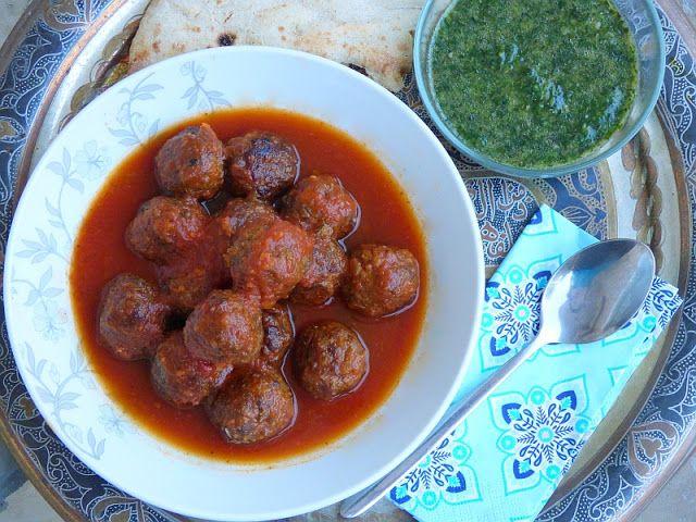 Hackfleischbällchen (Kofta) in Tomatensoße - Dawoud Bascha Rezept aus Ägypten Ägyptische Rezepte Kochen Rindfleisch