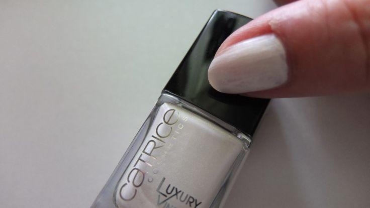 witte nagellak catrice