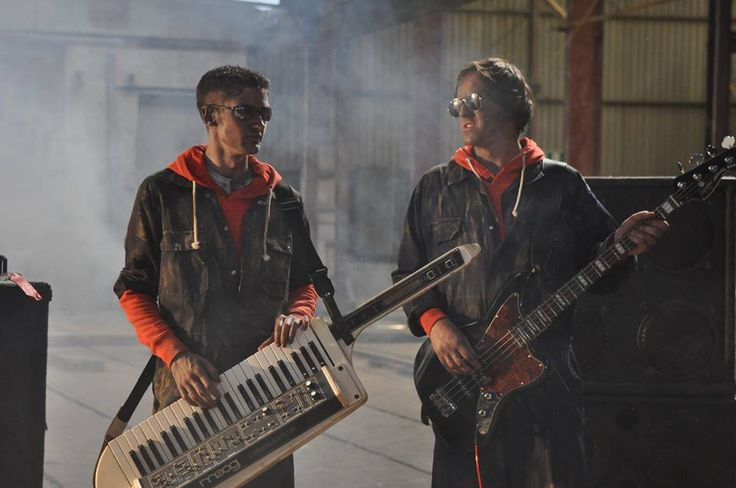 'Go Yoko!' Filming the video to 'Nightfall', with the saucy Moog Liberation.