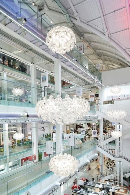 Hope Reigns In The Epic Eataly Rome Entirely Illuminated By Luceplan Philips