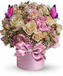 Florero de rosas bellas