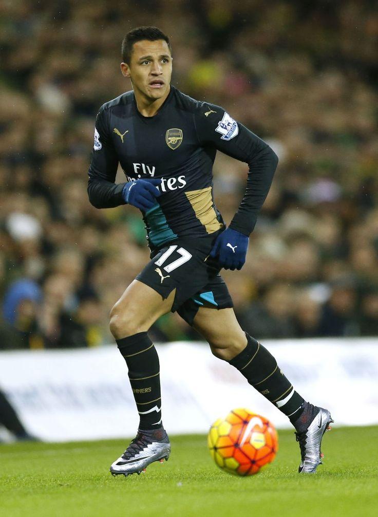 Alexis Sánchez es elegido mejor jugador del año en Inglaterra