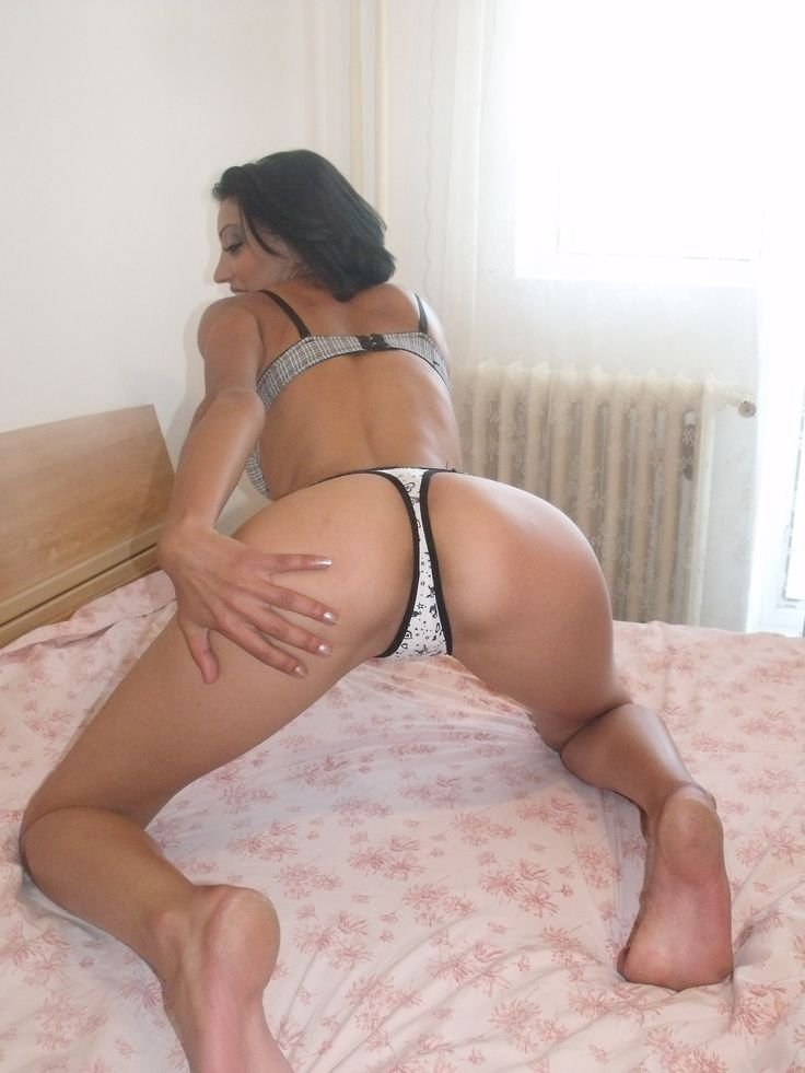 sexy hot ass with juicy pussy