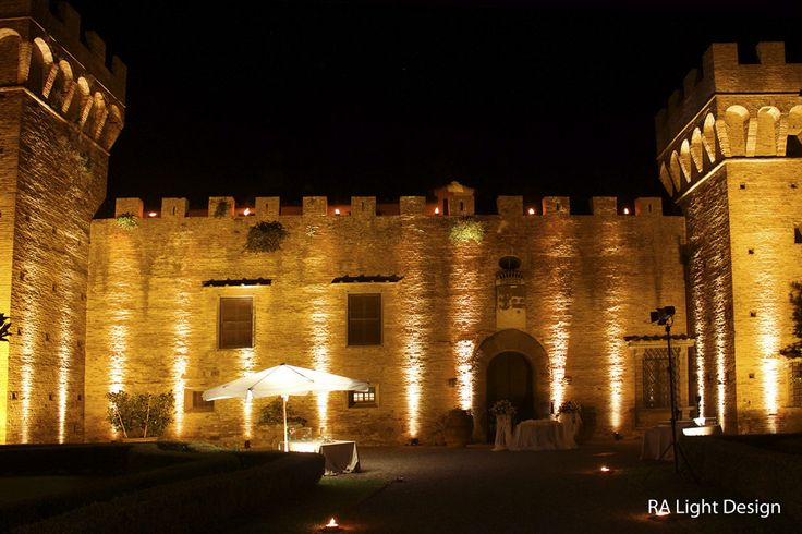Warm lights at Castello di Oliveto www.ralightdesign.com