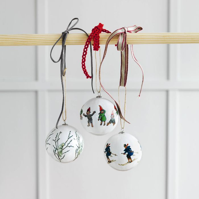 Christmas tree ornaments from the Elsa Beskow collection designed by Catharina Kippel. Uncle Blue, Little Willow and Christmas elves.