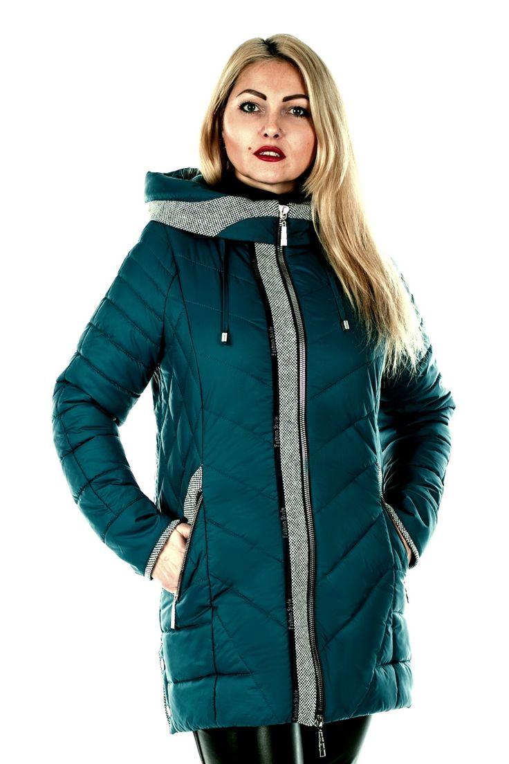 Женская куртка Винтаж от «ROLANA» отлично подойдет для тех, кто любит быть в центре внимания. Рукава, капюшон, молния и карманы изделия отделаны контрастной тканью из 'твида', которая придает модели шарма и изысканности.  В качестве утеплителя используется синтепон – легкий материал, который отлично сохраняет тепло.  В куртке Винтаж ROLANA Вы всегда будете стильно и комфортно защищены от переменчивой погоды! Данная модель представлена в большом количестве расцветок...