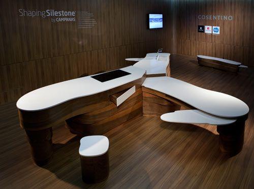Shaping Silestone by Campanas - het Braziliaanse designduo, de broers Humberto en Fernando Campana, presenteren een innovatief keukenontwerp. Het resultaat werd onthuld tijdens de Milaan Design Week (17-22 april 2012).