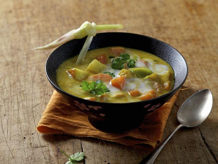 Karotten-Kokos-Suppe auf ayurvedische Art - smarter - Zeit: 20 Min. | eatsmarter.de
