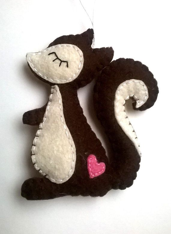 Hey, I found this really awesome Etsy listing at https://www.etsy.com/listing/226307757/squirrel-ornament-felt-animals-handmande