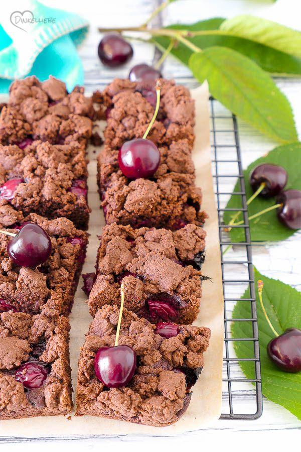Schoko Kirschkuchen Mit Streuseln Dinkelliebe Backblog Foodblog Genussblog In 2020 Kirschkuchen Mit Streusel Kirschkuchen Rezepte