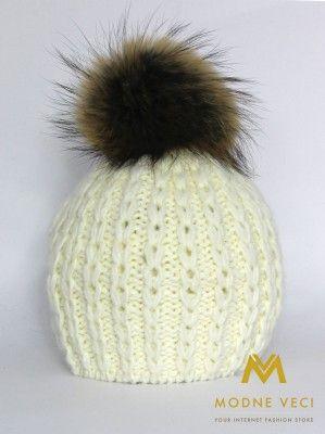 Dámska čiapka s bambuľou z pravej kožušiny 3087/61
