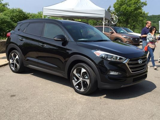 Hyundai Jumps Into Suv Boom With Sleek 2016 Tucson Hyundai Suvs