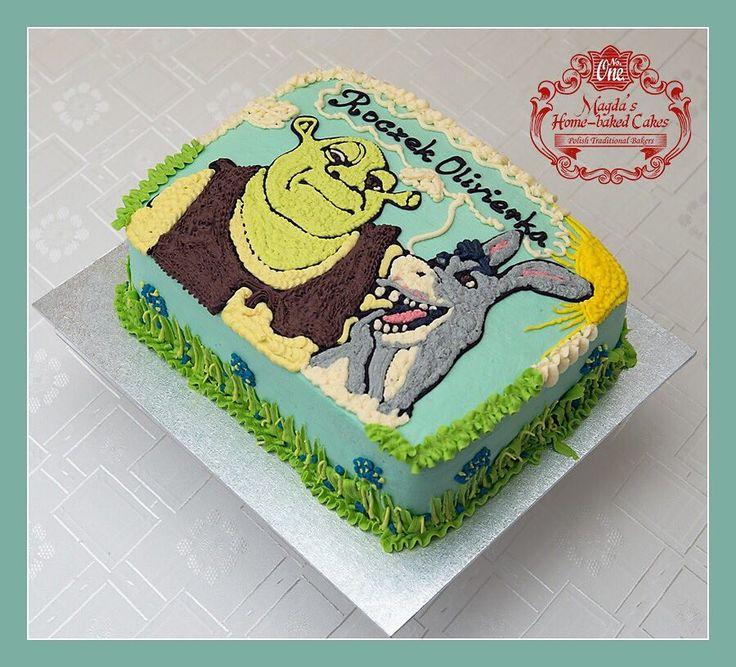Tort śmietankowo - czekoladowy z truskawkami. Zapraszam do mojej galerii - kliknij i polub na Facebook'u http://ift.tt/2iOM9eB http://ift.tt/2iUmGRz #BirthdayCakeSmash #MagdasCakes #northampton