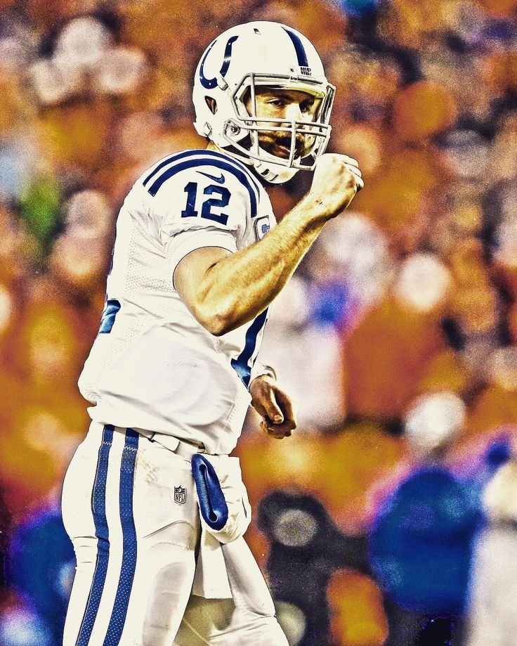 Andrew Luck signs a 6-year $140 million contract extension with the Colts.