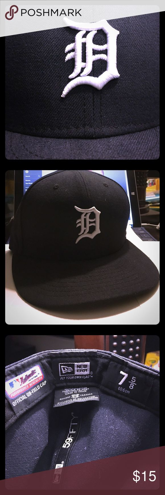New Era Detroit Tigers MLB Fitted Baseball Cap ⚾️ SIZE 7 5/8 (60.6cm). New Era Detroit Tigers MLB Fitted Baseball Cap. EXCELLENT CONDITION practically new. Satisfaction and shipping in 24 hours guaranteed✅ New Era Accessories Hats