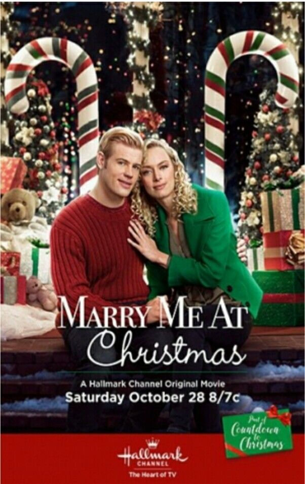 Pin By The Happy Buyers On Movies Family Christmas Movies Marry Me At Christmas Hallmark Christmas Movies