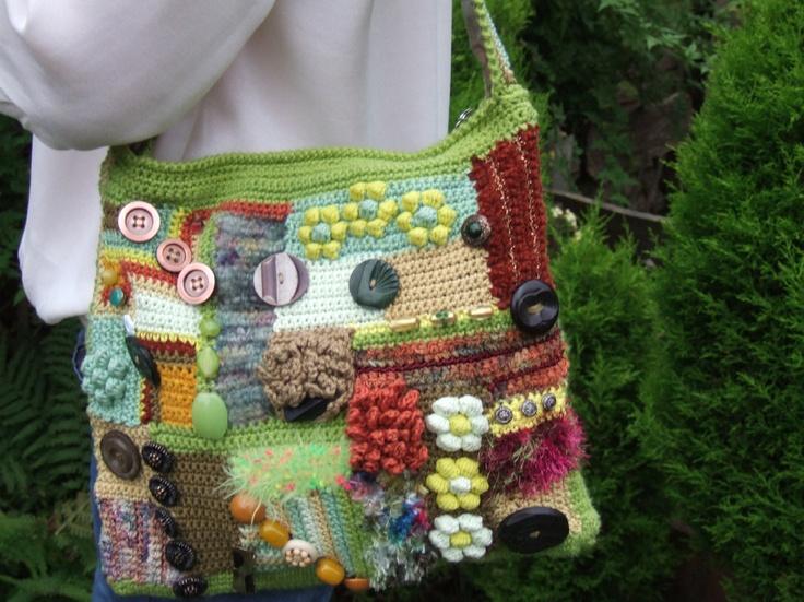 Other side of crocheted shoulder bag