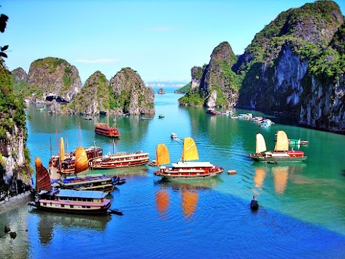I've actually been to the Ha Long Bay in Vietman and it's truly beautiful!