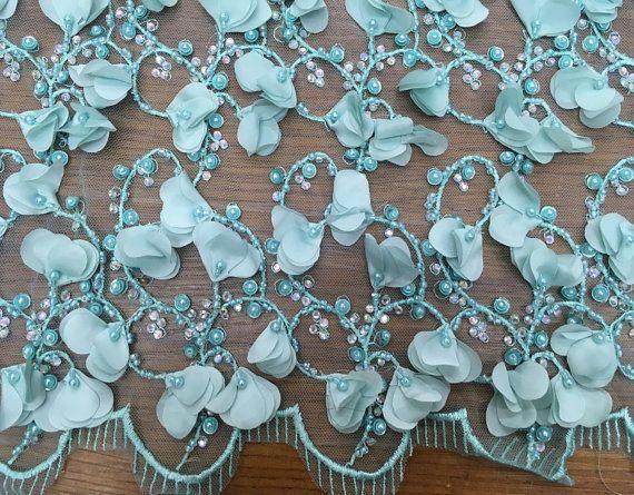 M s de 1000 ideas sobre encaje de chantilly en pinterest - Chantilly telas ...