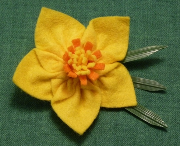 FEB 2012, Wales - Yellow & Orange Felt Brooch for St David's Day, by PaulinesCrafts