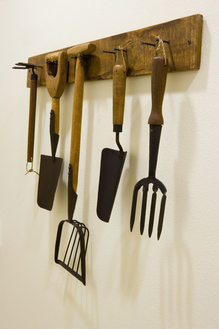 Repisas para colgar abrigos gardens gardening tools and for Gardening tools 7 letters
