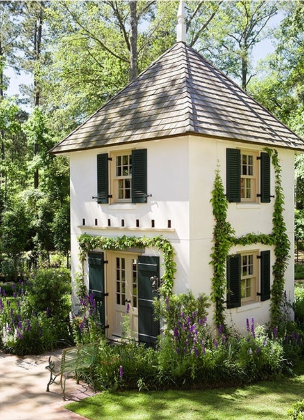 Admirable 17 Best Images About Small Houses On Pinterest Square Feet Tiny Largest Home Design Picture Inspirations Pitcheantrous