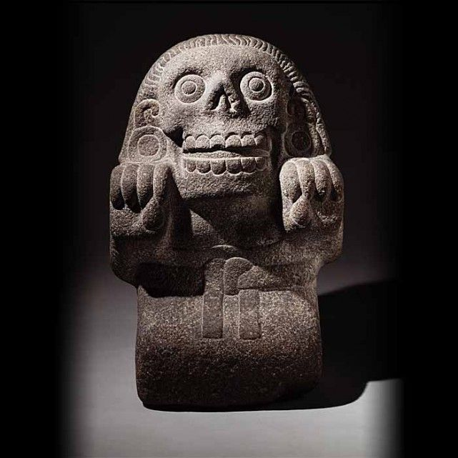Sculpture of Cihuateotl (See-wah-tay-otl), divine woman about 1500s, Aztec stone.  On loan from Museo del Templo Mayor. Photo by Michel Zabe © The Instituto Nacional de Antropologia e Historia (INAH)