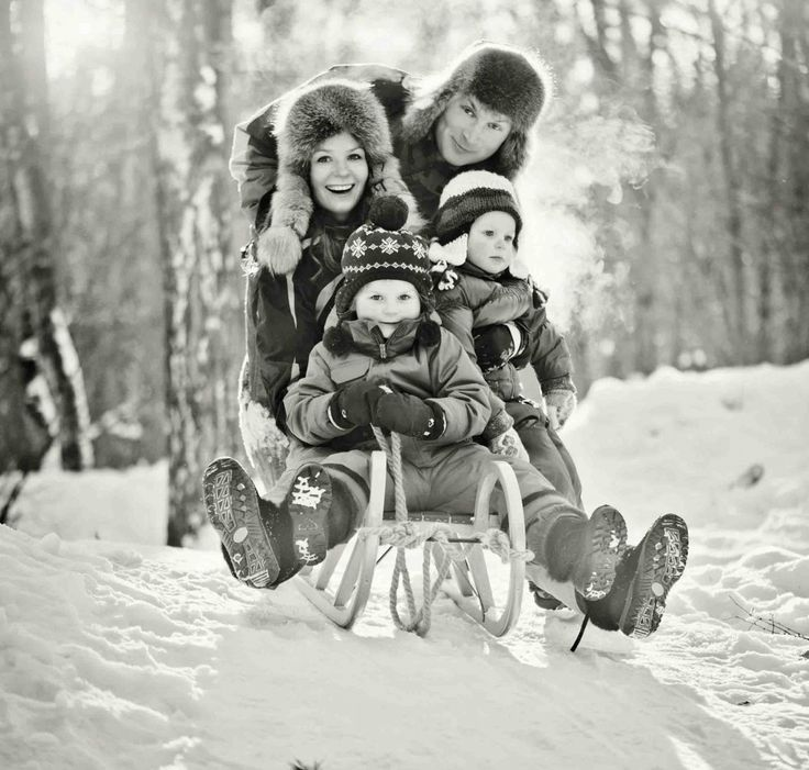 More Christmas Card Photo Ideas - Photo Filters #Christmascards #peartreegreetings #photos http://www.peartreegreetings.com/blog/2013/08/more-christmas-card-photo-ideas/