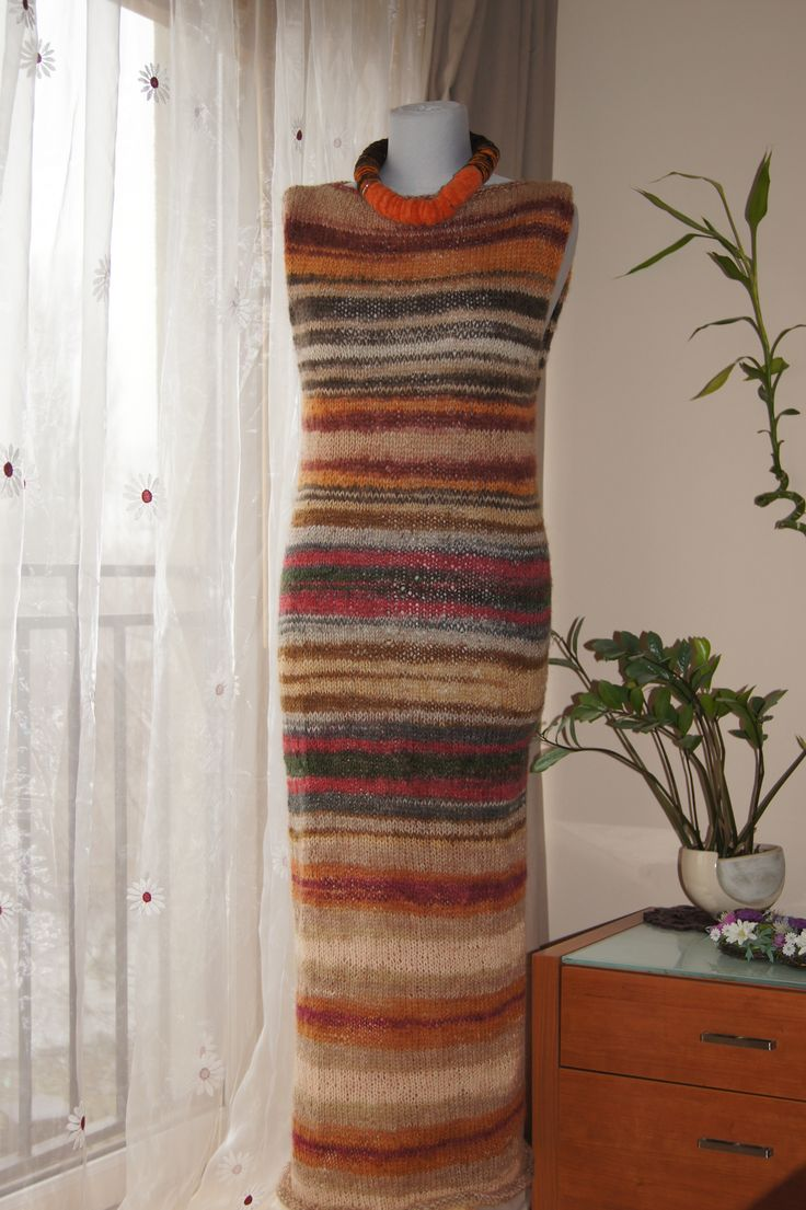 Sukienka robiona na drutach