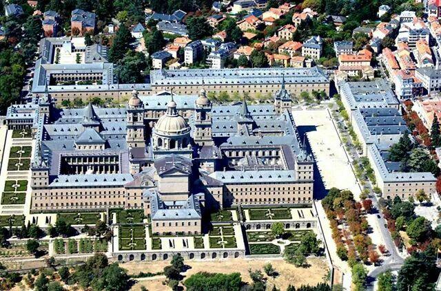 Vista aerea del Monasterio de San Lorenzo de El Escorial